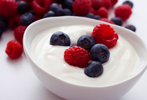 yogurt_fruits